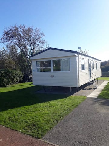 3 Bedroom Static Caravan Hafan Y Mor