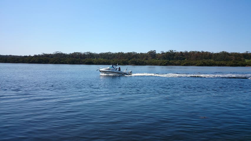 Fabulous waterway at your door, escape the crowds of the north coast on our beautiful inlet.