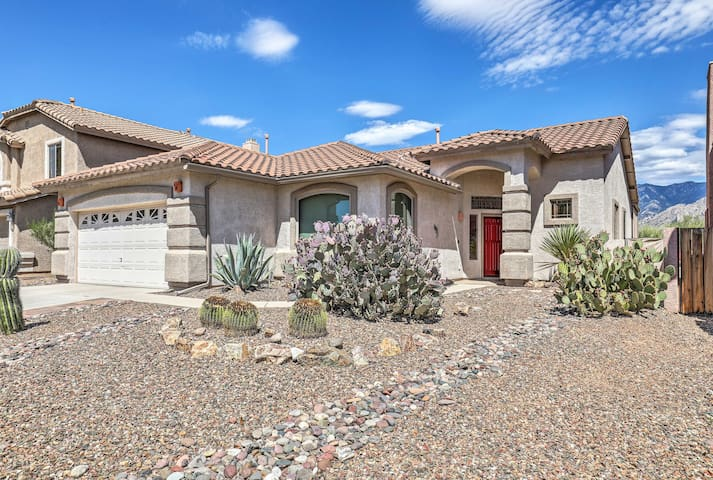 NEW-Oro Valley Home Across from Catalina St. Park!