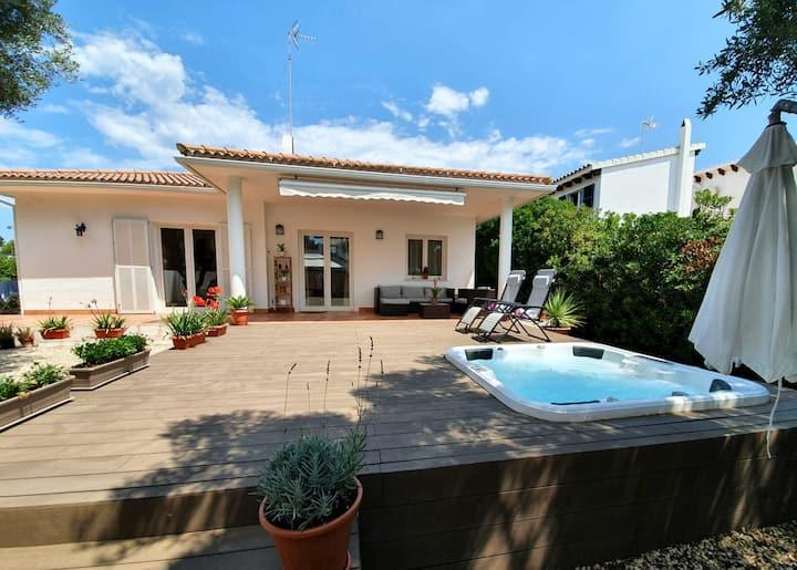 Villa with hot tub jacuzzi Menorca