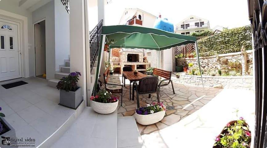 Apartments Janda