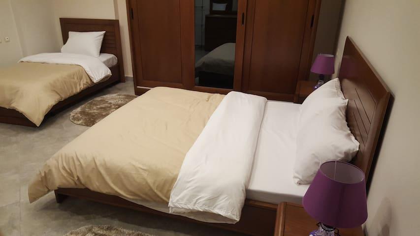 Un apartamento muy tranquilo y limpio a ustedes