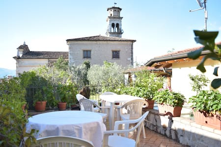 B&B al Corlo, private room. town's historic centre - Lonato - Aamiaismajoitus