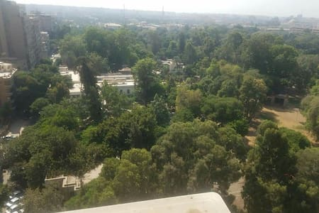 Apartment with panormaic view overlooking Giza Zoo