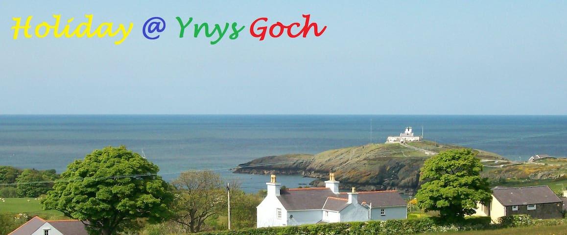 The Caravan at Ynys Goch - Amlwch - Annat