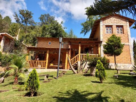 """Cabañas Rancho Alegre """"El Izote"""""""