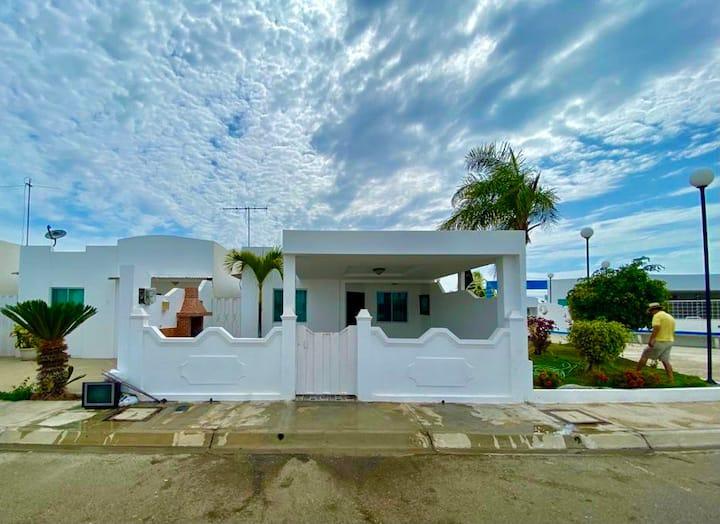 Casa Salinas Punta Carnero, para familia y amigos