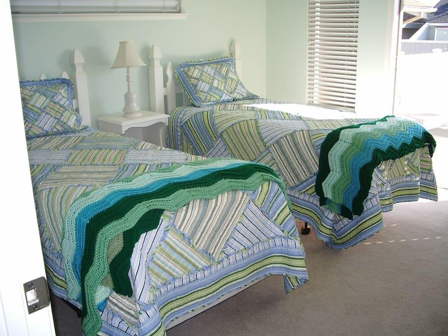 Main level twin bedroom