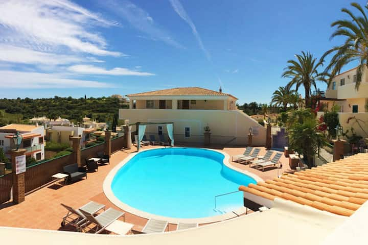 2BR Townhouse w/Pool - Amazing Views, 5mn to Beach by LovelyStay