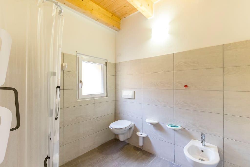 Bagno progettato per PMR