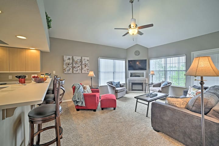 Penthouse Condo w/Pool Mins to Silver Dollar City!