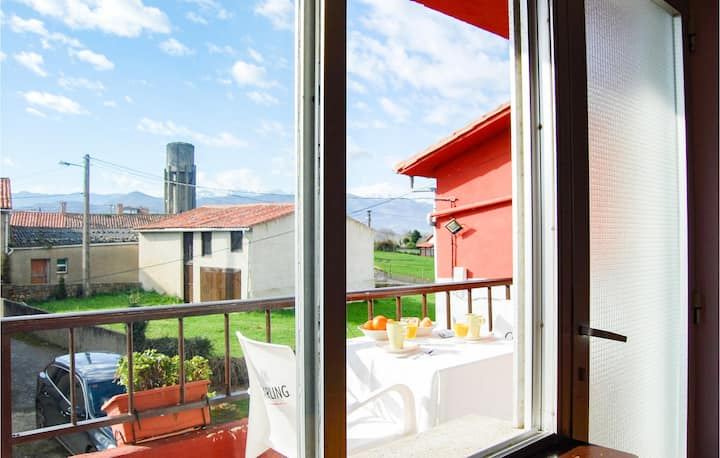 Holiday cottage with 5 bedrooms on 130m² in Ribadedeva