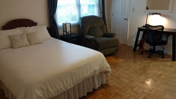 Large bed room & shared space