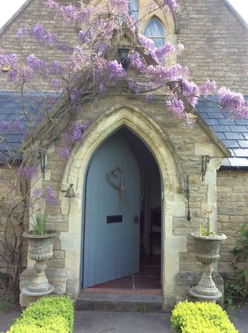 Victorian converted School Frome - Frome - Hus
