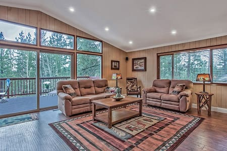 4 Bedroom - South Lake Tahoe Vacation Home!