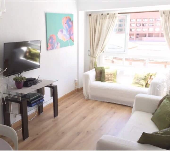 Central ( By PYR Hotel ) 3 Bed Apt