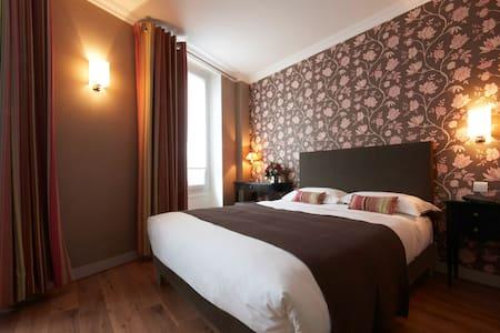 Triple Room - Louison Hotel