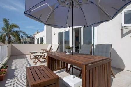 Minutes from the beach, close to LAX - Hermosa Beach - Hus