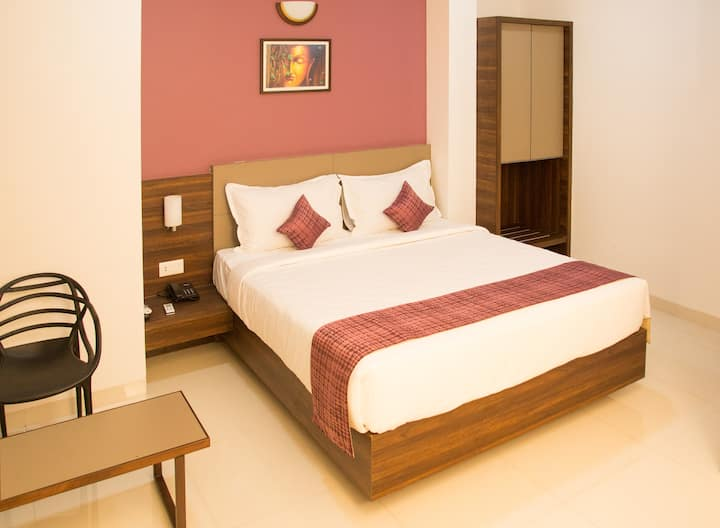 Boutique hotel stay near Alibag Beach n town