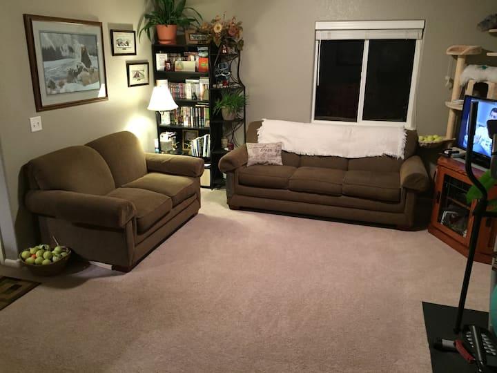 Happy Host Cozy Home