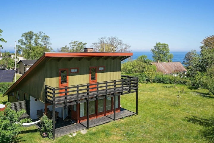 Quaint Holiday Home with Baltic Sea View in Allinge