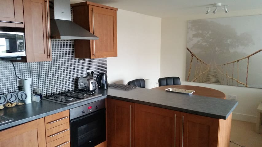 Apartment Double Bed with en-suite - Shirehampton