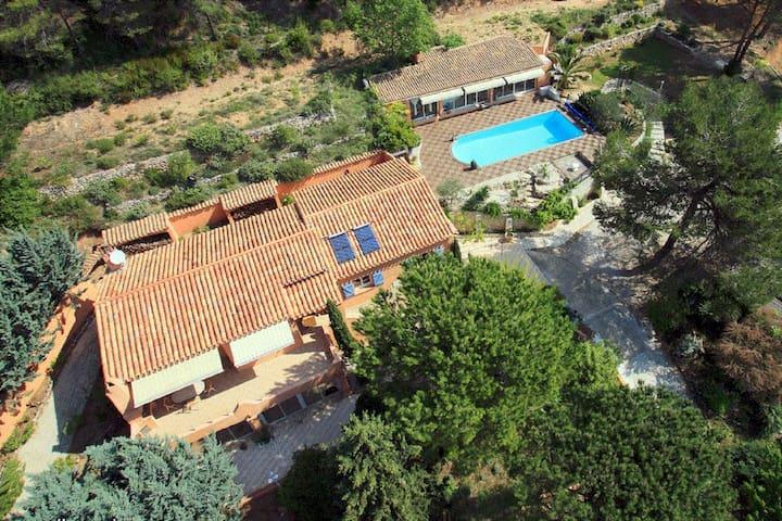 Magnifique Villa sur les hauteurs de Le Val
