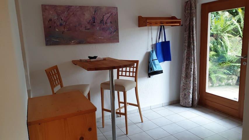 Ferienwohnung Susanne Würtenberger, (Öhningen), Ferienwohnung, 68 qm, 1 Schlafzimmer, max. 4 Personen
