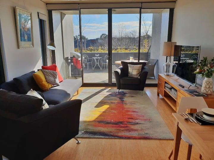 Central Canberra Luxury Condo