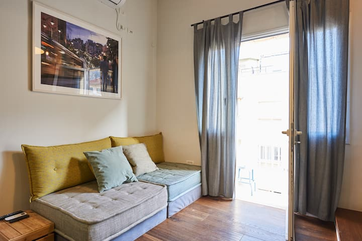 Cozy just renovated apt in the heart of Jerusalem