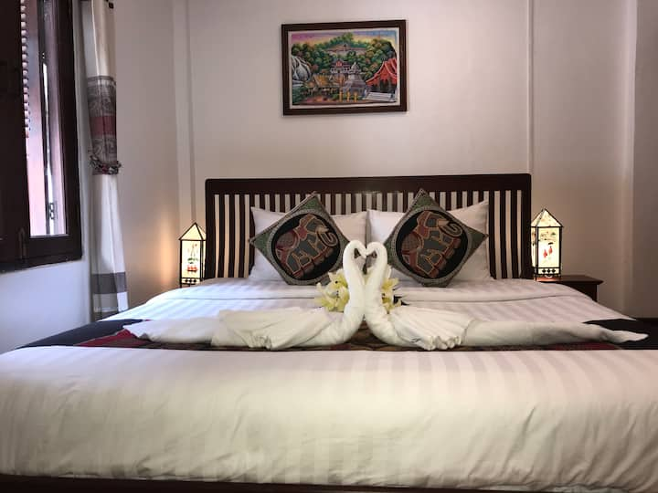 Superior Double Room of Thatsaphone Hotel
