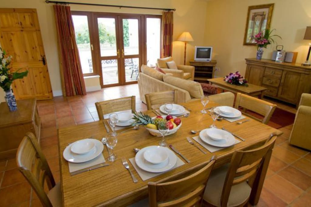 East Clare Golf Village Dining Area