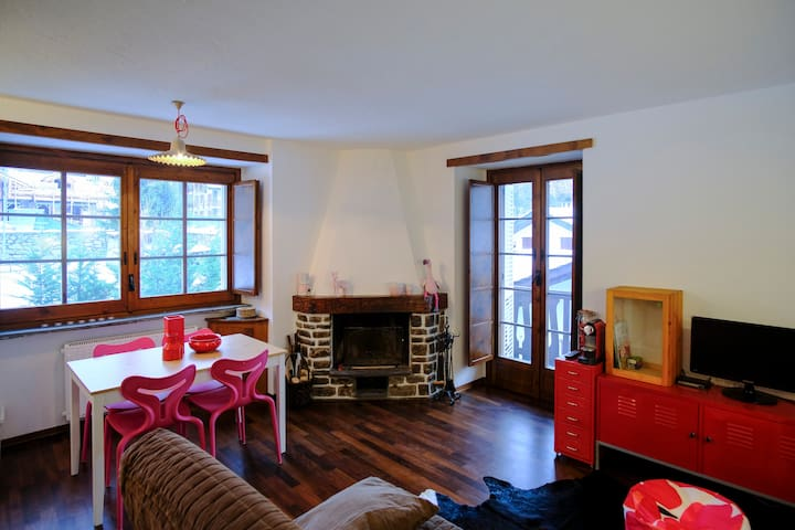 Bright and comfortable apartment in Courmayeur