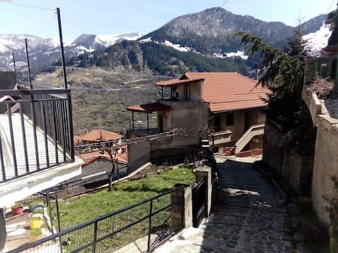 Balkone in Montagna (Μπαλκόνι στο Βουνό)