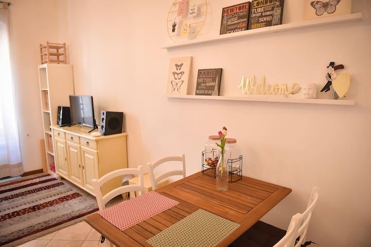 La casa di Flo - Luminoso appartamento in centro.