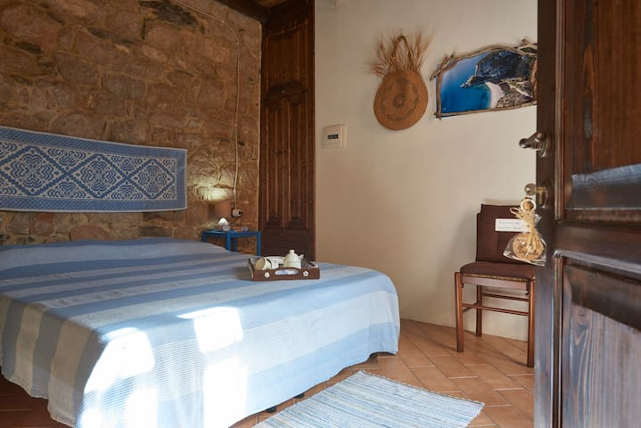 Apposentu Monte Argiolu - Baunei - Casa