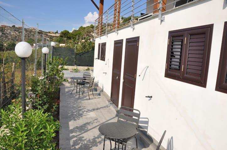 Outdoor space in independent rooms