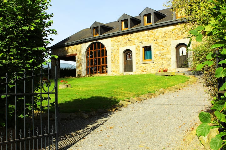 Spacious Villa in the heart of the Ardennes