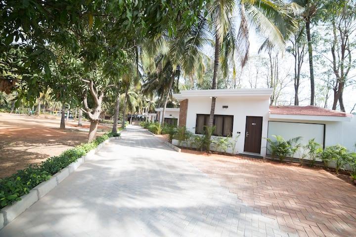 ★ Luxury Cottage Room In Bangalore, Yelahanka ★