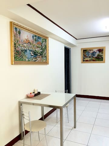 3rd·St 旅居【包整棟4房2廳2衛浴大樓】復華館臨近火車站,成功大學,正對面復華夜市 - Yongkang District - Apartment