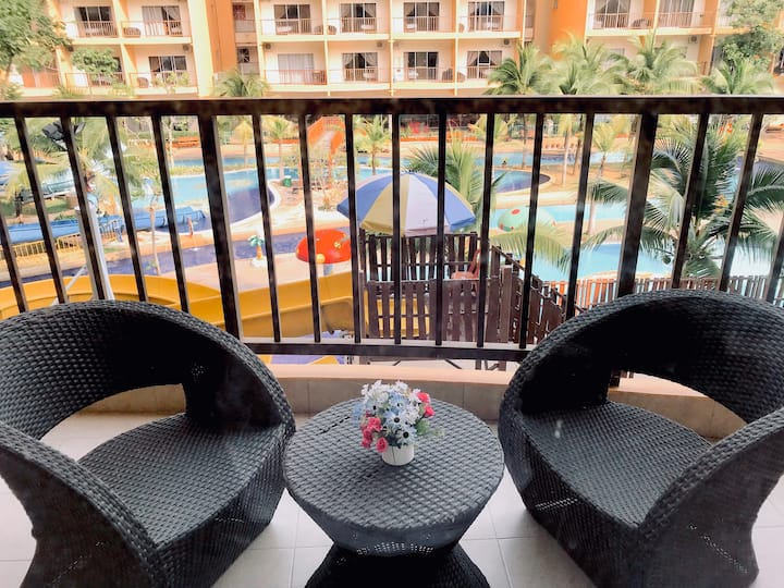 Themepark View | Gold Coast Morib Resort [4 Pax]