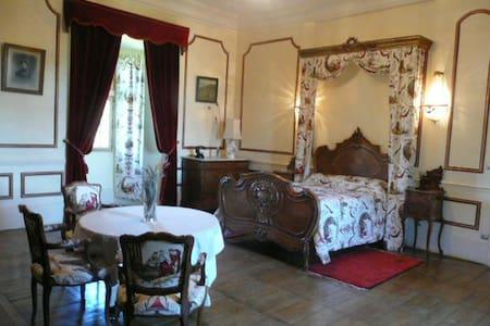 La chambre de la Marquise - Saint-Maixant
