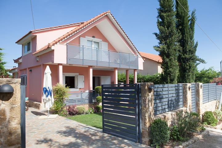 Two-storey family garden villa near the Sea - Oropos