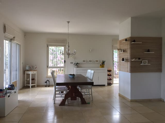 Beautiful & spacious Villa in Jerusalem