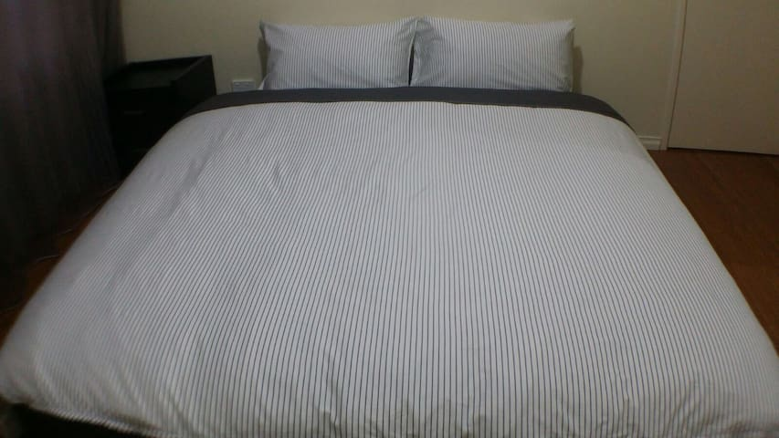 View 2: King bed
