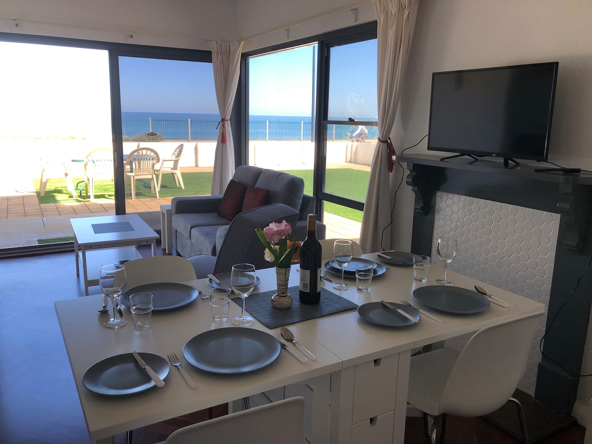 The Somerton beach Retreat, Apartment