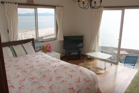 明石海峡と淡路島を望む海辺の一軒家。神戸、姫路へ30分 - Akashi