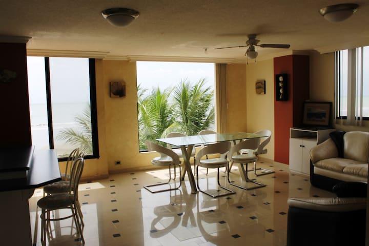 DEPARTAMENTO FRENTE AL MAR, ATACAMES, ECUADOR - Atacames Canton - Apartment