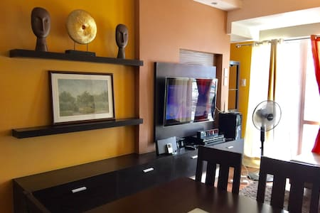 70SQM Two bedroom unit Condo. - Mandaluyong - Wohnung