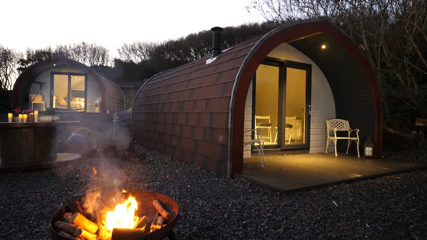 The Bee Pods | Cosy. Snug. Luxury Glamping